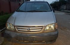 Toyota Sienna 2003 Gold for sale
