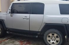 Clean Toyota Fj Cruiser 2008 Silver for sale