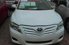 Toyota Camry 2010 White for sale