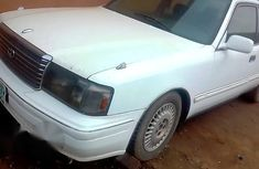 Toyota Crown 2004 White for sale