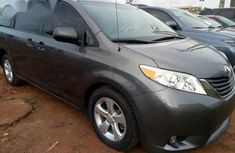 Toyota Sienna 2012 Gray for sale