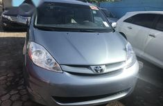Toyota Sienna XLE 2009 Blue for sale