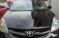 Toyota Sienna 2010 Black for sale