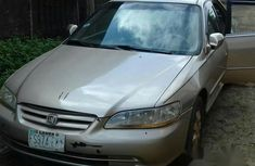 Honda Accord 2000 Gold for sale