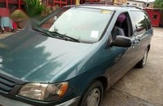Toyota Sienna LE 2002 Blue for sale