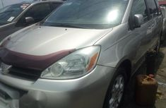 Toyota Sienna 2005 Silver for sale