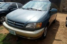 Toyota Sienna XLE 2001 Blue for sale