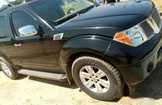 Clean Nissan Pathfinder 2005 Black For Sale