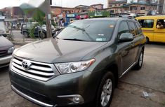 Tokunbo Toyota Highlander 2012 Green for sale