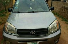 Neatly Used Toyota RAV4 2005 Model For Sale