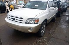 Certified Foreign Used 3ROW 2004 Toyota Highlander White for sale