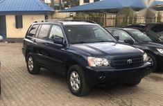 Toyota Highlander 2003 Blue for sale