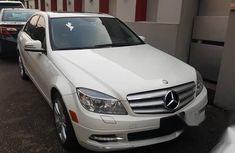 Tokunbo Merced Benz C300 2009 White for sale