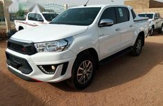 Toyota Hilux 2019 White for sale