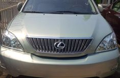 Fresh Toks Lexus RX330 2006 (fully loaded)