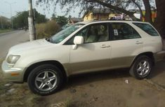 Lexus Rx300 2000 White for sale
