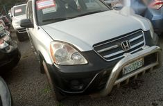 Neat Honda CR-V 2005 Silver for sale