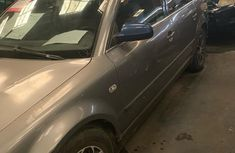 Volkswagen Passat 2002 Gray for sale