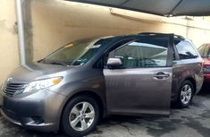 Toyota Sienna 2015 Silver for sale