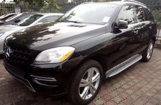 2014 Black Mercedes-Benz ML350 Automatic Petrol well maintained for sale