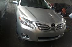 Clean Toyota Camry XLE 2008 Silver for sale