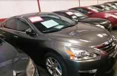 Nissan Altima 2014 Gray for sale