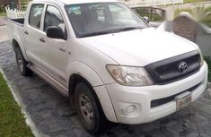 Toyota Hilux 2010 White for sale
