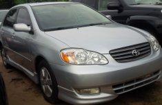 Super clean Toyota corolla 2004 for sale