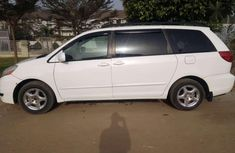 Almost New Toyota Sienna for sale