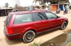 Volkswagen Passat 2002 Red for sale