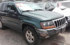 Jeep Cherokee 2001 Green for sale