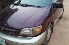 Toyota Sienna 1999 Purple for sale