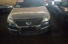 Volkswagen Passat 2006 Silver for sale