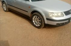 Volkswagen Passat 2000 Silver for sale