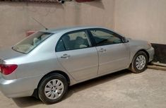 Very Clean Toyota Corolla 2004 Silver for sale
