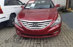 Clean Hyundai Sonata 2013 Red for sale