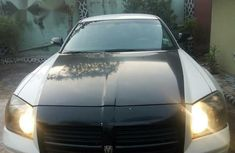 Neatly Used Dodge Magnum 2006 White for sale