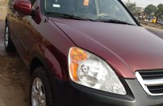 Very Clean Honda CR-V 2004 Red for sale