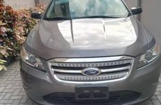 Ford Taurus 2012 Gray For Sale