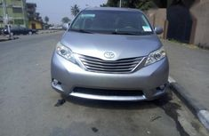 Toyota Sienna XLE 2011 Silver for sale