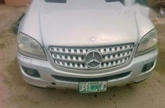Mercedes Benz ML500 2007 Silver for sale