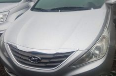 Tokunbo Hyundia Sonata 2012 Silver for sale
