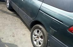 Neatly Used Toyota Sienna 2002 Brown for sale