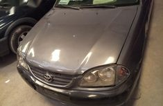 Toyota Avensis 2000 Gray for sale
