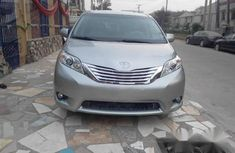 Toyota Sienna 2011 Grey for sale