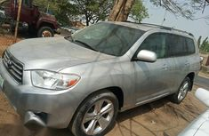 Super Clean Toyota Highlander 2008 Silver for sale