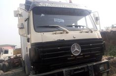 2000 Mercedes-Benz 1422 Manual Diesel well maintained