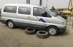 Hyundai H200 2007 Silver for sale