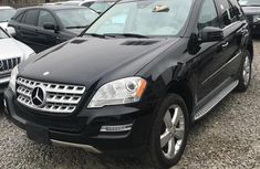 Almost brand new Mercedes-Benz ML350 Petrol