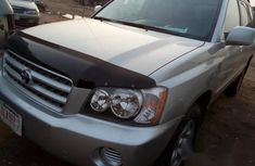 Toyora Highlander 2003 Silver for sale